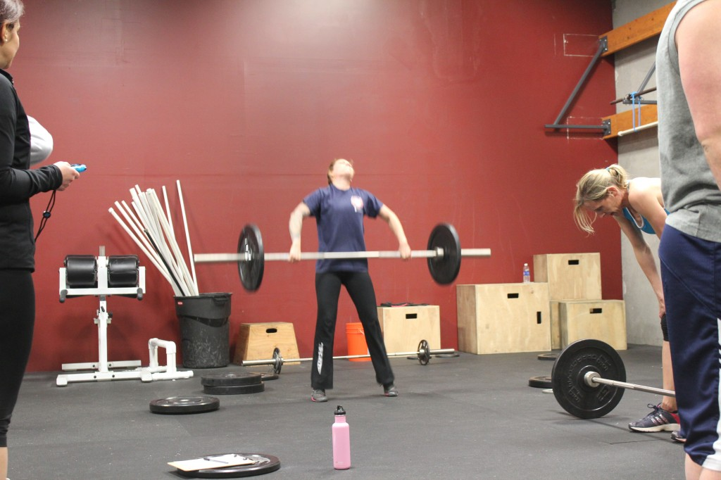 Nicole full extension at the top of her Snatch